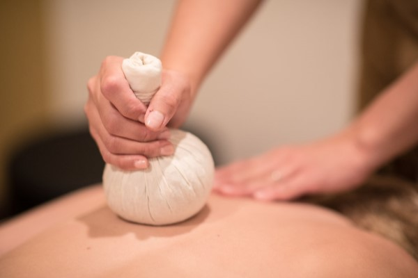 Thai Poultice Compress Massage